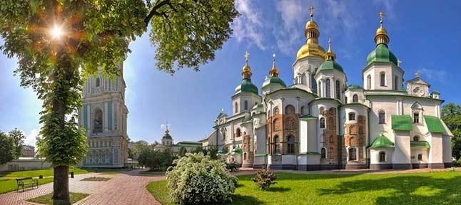 Малахітова скринька. Київ - Чернігів - Батурин