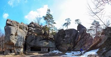 Печерний комплекс в Бубнище 01